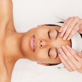 Beginners Facial Training Courses, Massage Courses, UK training courses