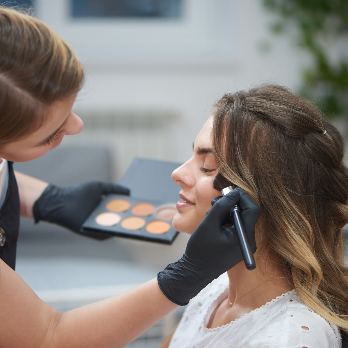 Make Up Contouring Course
